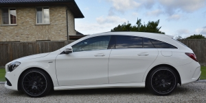 Mercedes CLA 200 D AMG Shooting Break